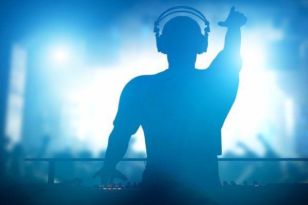 DJ huren bruiloft.jpg