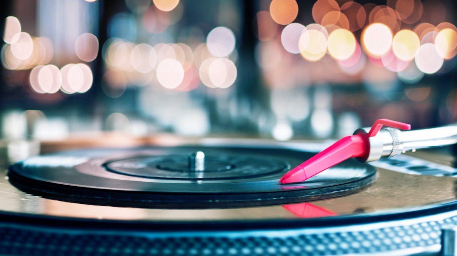 vinyl-djs-vintage.jpg
